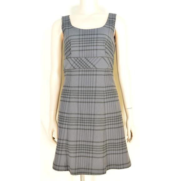 Tommy Hilfiger Dresses & Skirts - Tommy Hilfiger dress SZ 0 NWT gray plaid sleeveles